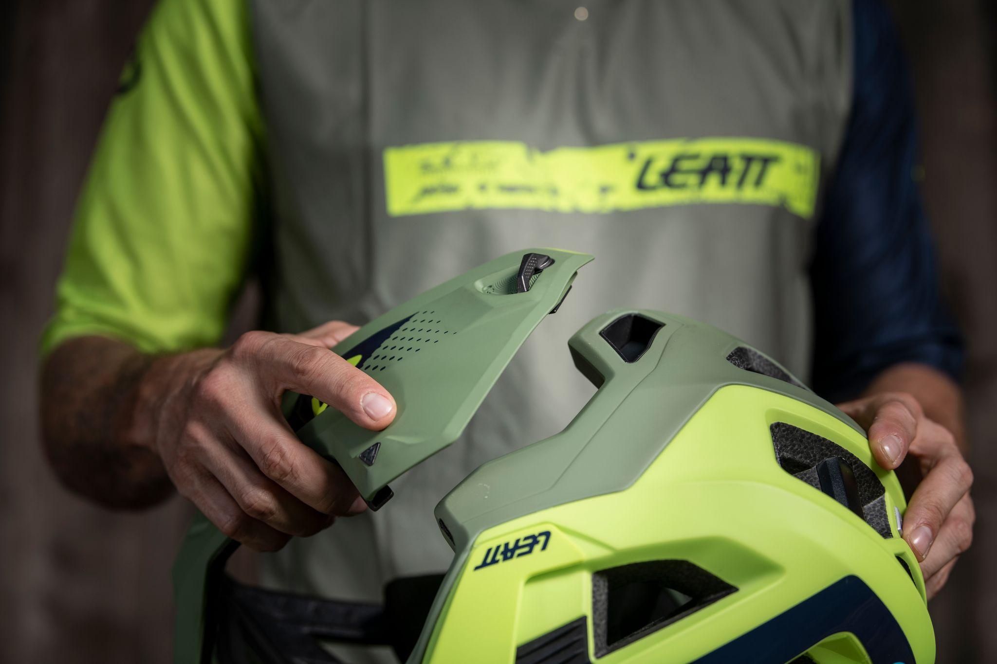 Leatt 4.0